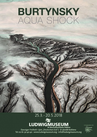 Edward Burtynsky: Aqua Shock at Museum Ludwig