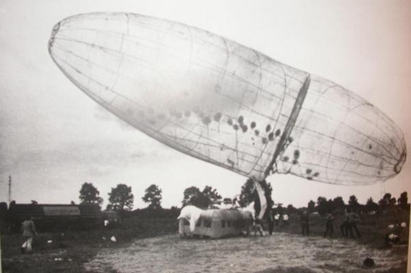 Michiel Ceulers: A Condom over a Zeppelin