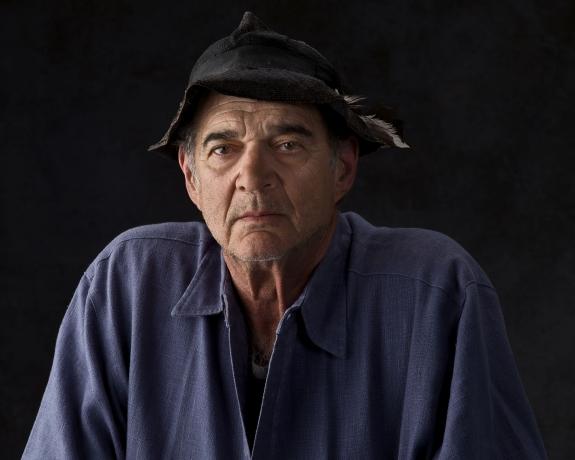 Artist Talk: Larry Bell in Conversation with Aram Moshayedi