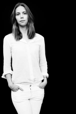 An announcement of representation: Anna Camner