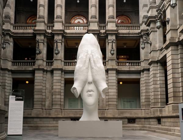 Jaume Plensa: Behind the Walls on view at MUNAL