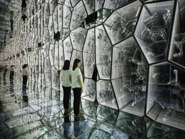 Lee Bul awarded the 2019 Ho-Am Prize 작가 이불, 2019 호암상 수상