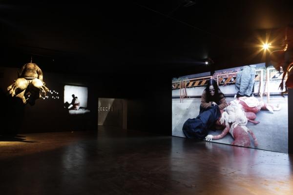 Lee Bul wins the Noon Award at Gwangju Biennale 2014