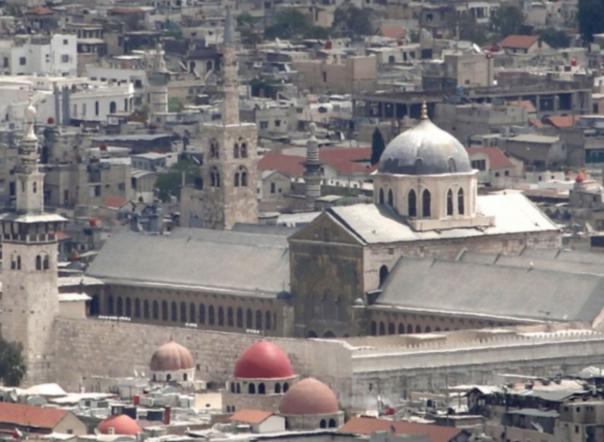 المجلة: الاصدار الثامن: دمشق