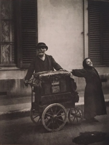Eugène Atget The Organ Grinder 1898