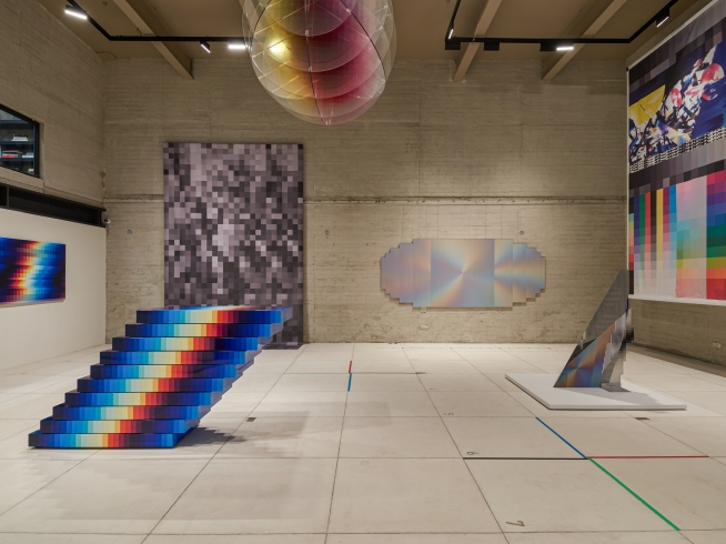 Reviews Felipe Pantone Big Time Data @ Galería RGR, Mexico City