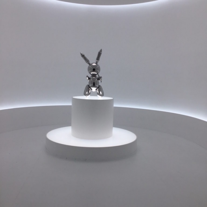 Jeff Koons' Bunny Sells for Record $91 Million