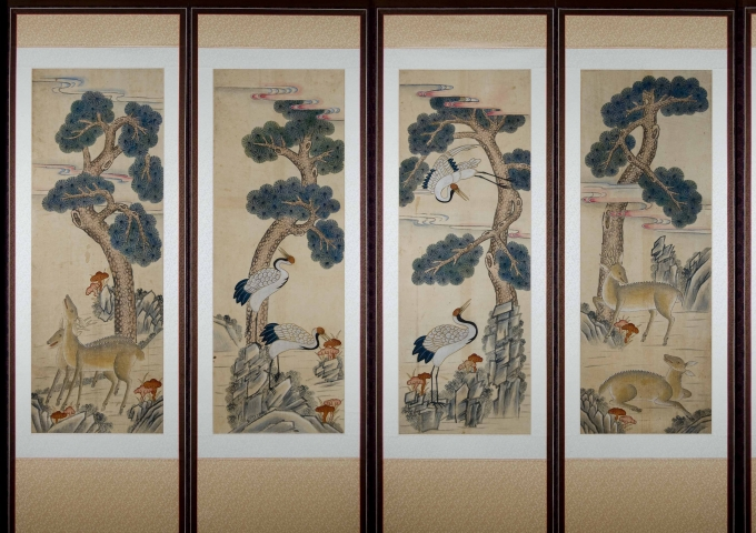 Eight-Panel Folk-Style Shipjangsaeng Screen (Ten Symbols of Long Life)