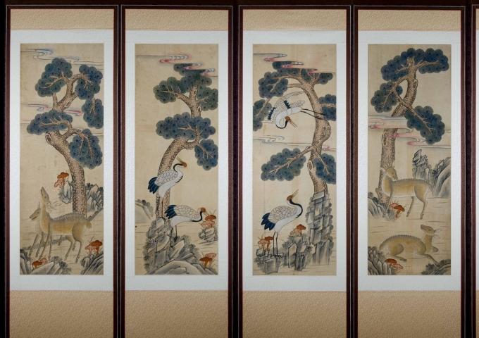Eight-Panel Folk-Style Shipjangsaeng Screen (Ten Symbols of Long Life)