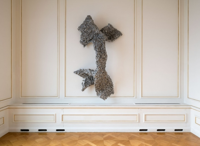 Lynda Benglis: In the Realm of the Senses