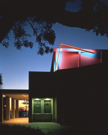 Neon for the La Jolla Museum of Contemporary Art, 1984
