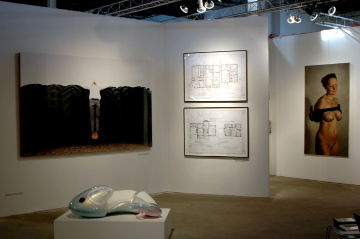 pulse Miami booth installation