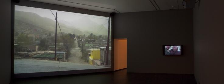 TERESA MARGOLLES, ¿Cómo salimos?(How do we leave?), 2010