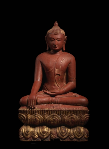 A LARGE SEATED BUDDHA, Lacquered wood with gold leaf, Burma, Pagan period, 12th - 13th century, 32 inches (81.28 cm)