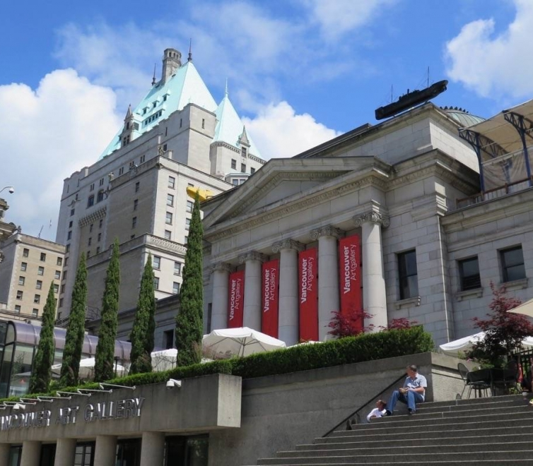 Yun-Fei Ji at Vancouver Art Gallery