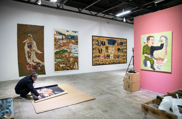 How Do You Stage a Global Art Show Now? In South Korea, Curators Press On.