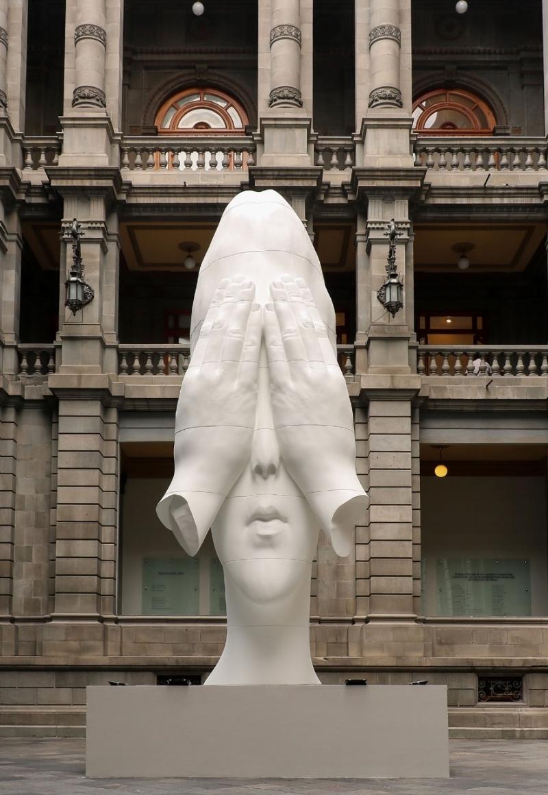 Jaume Plensa: Behind the Walls on view at MUNAL