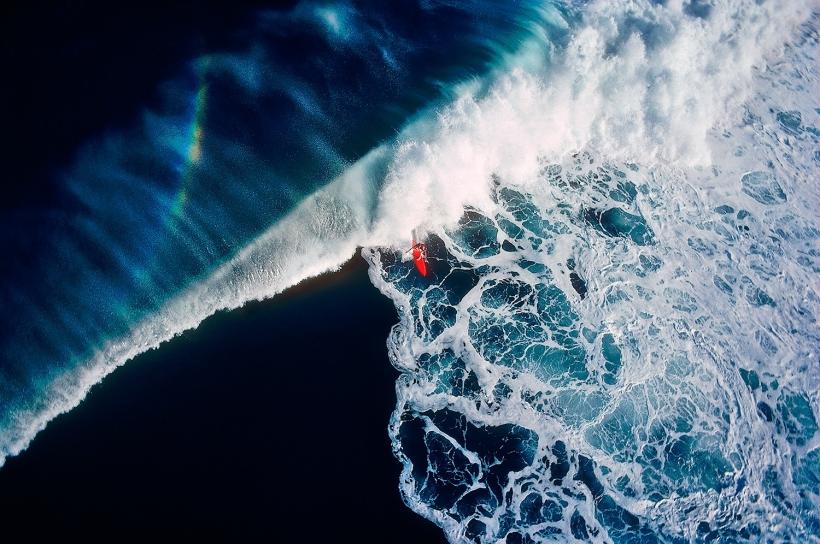 Walter Iooss, Jr. - Surfer, Hanalei Bay, Kauai, HI, 1976  | Bruce Silverstein Gallery