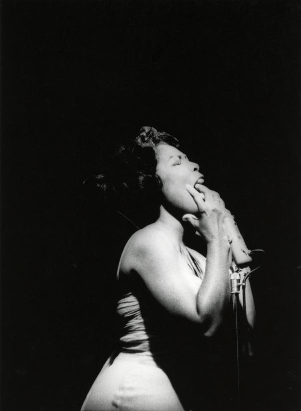 Adger Cowans ; Gloria Lynne, Newport Jazz, 1961 ; Bruce Silverstein Gallery
