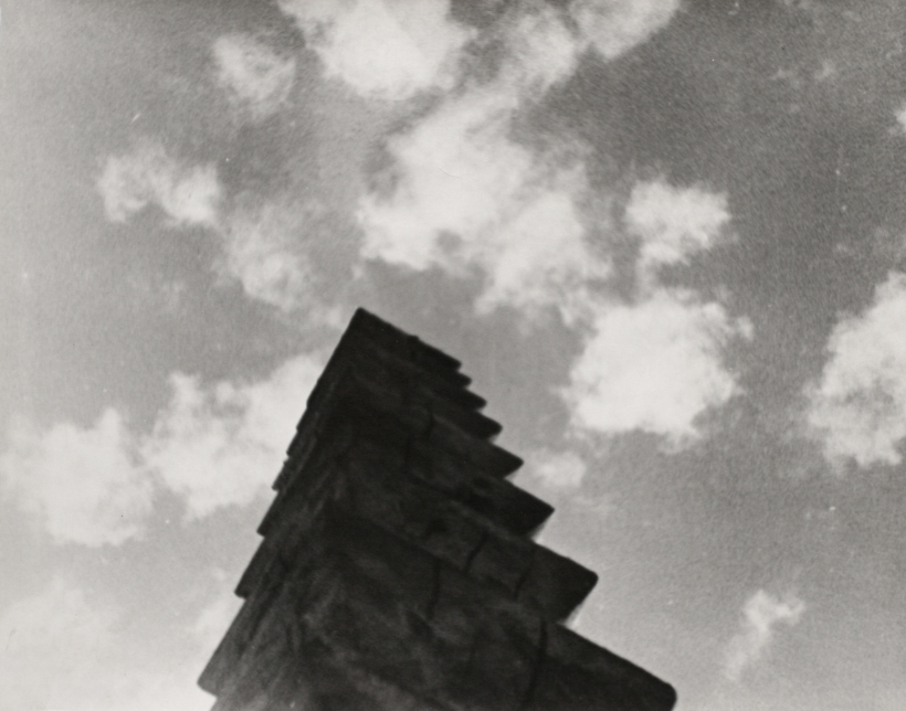 Constantin Brâncuşi - Endless Column, 1926-1927 Gelatin silver print, printed c. 1940s ; Bruce Silverstein Gallery
