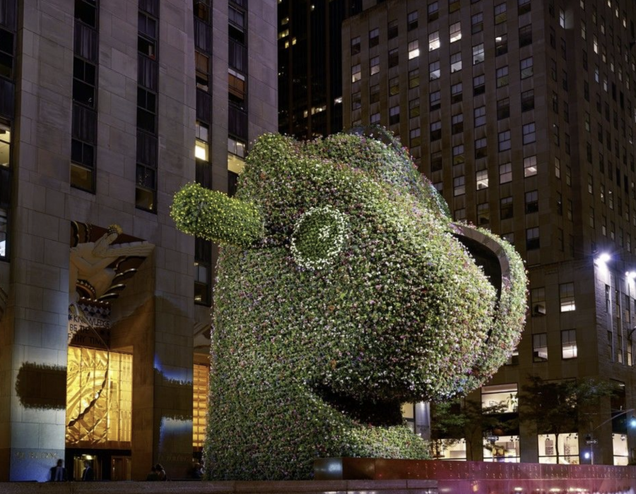 How Jeff Koons Inspires Awe, Outrage, and Ultimately Makes Art You Will Remember