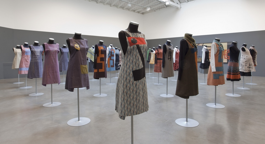 Andrea Zittel, A-Z Personal Uniforms