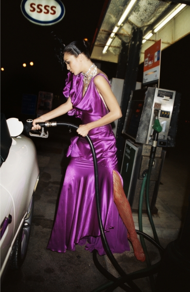 Roxanne Lowit- Fill'er Up, Mariacarla