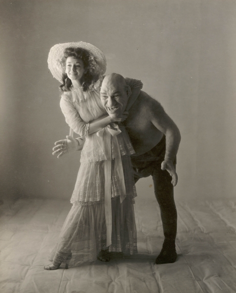 Irving Penn - Dorian Leigh and Maurice Tillet