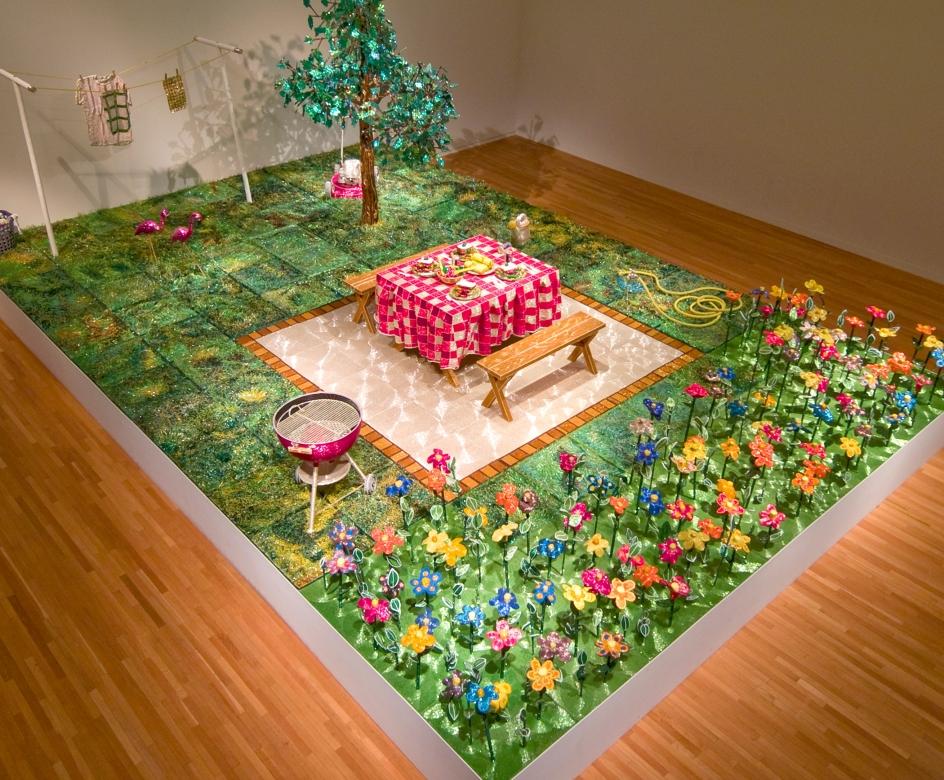 LIZA LOU, Back Yard,1996–1999