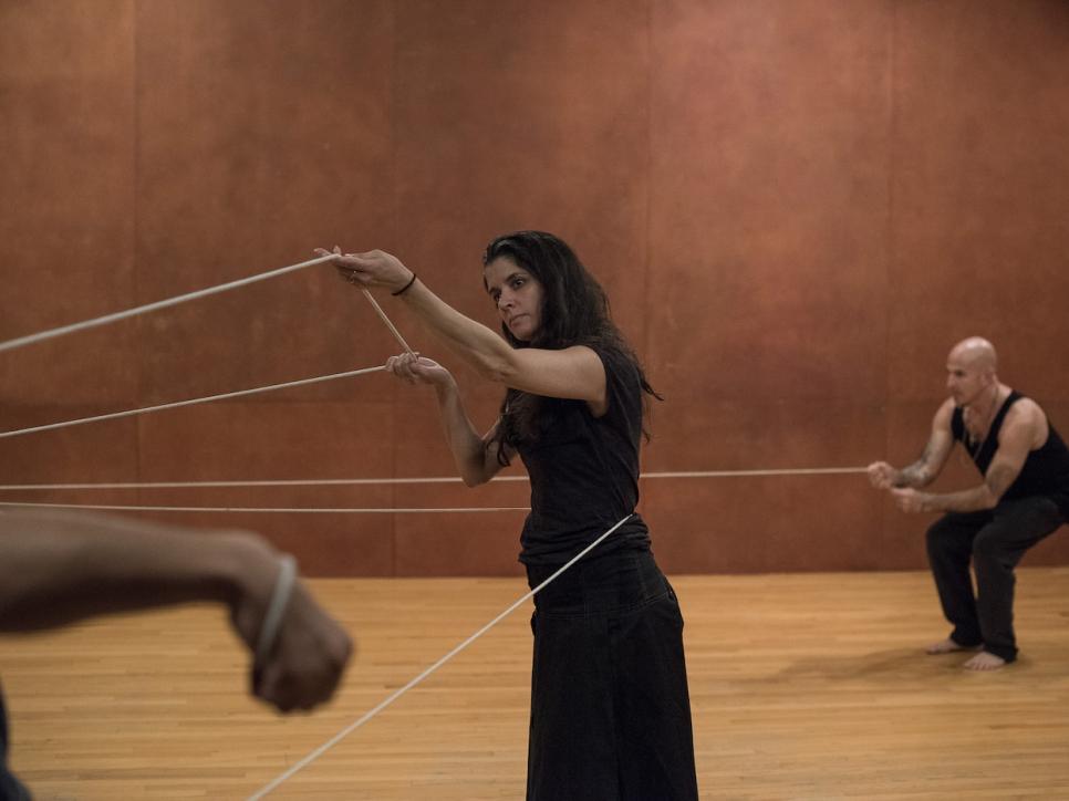 Antoni performance Rope Dance