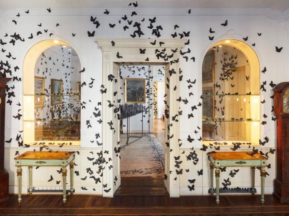 Carlos Amorales participates in Fondazione Adolfo Pini in Milan with her exhibition L´ora Dannata