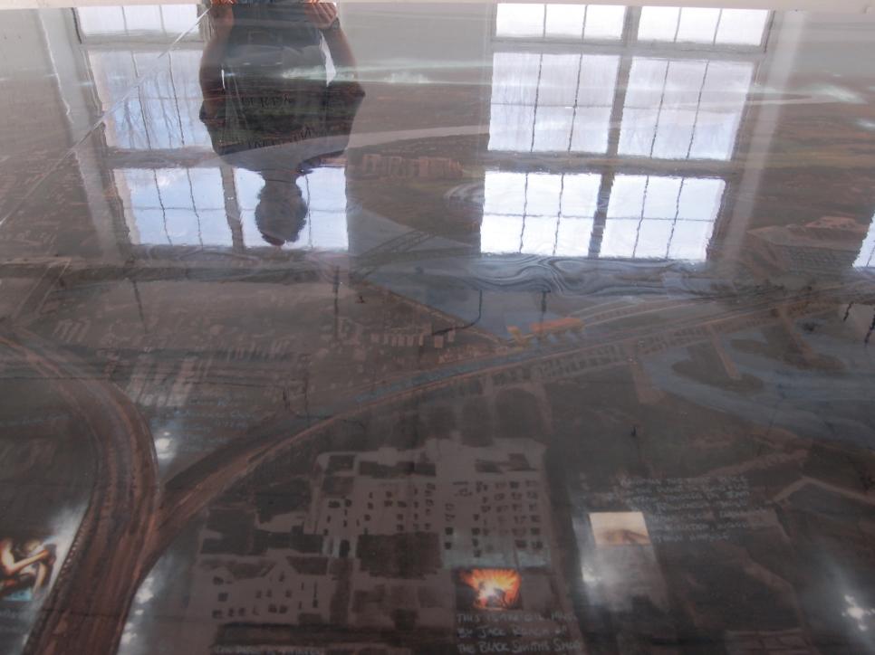 Color photograph Stephen Hannock's reflection
