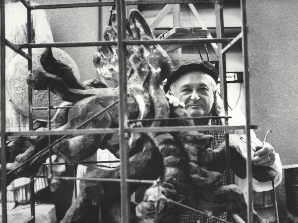 Portrait of Jacques Lipchitz working in his Studio. Photo: Francis K. Lloyd.