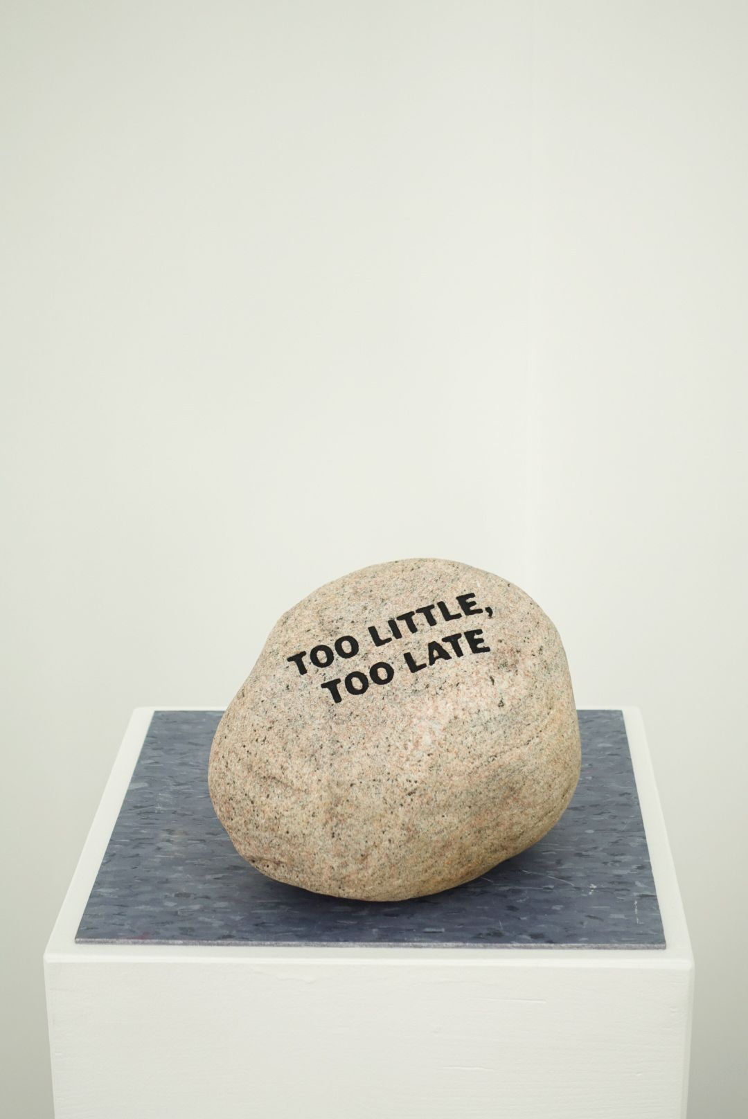 MICHAEL VICKERS | MONUMENT V(LATE)| ENGRAVED AND PAINTED STONE BOULDER | 6X 8 X9 INCHES| 2017