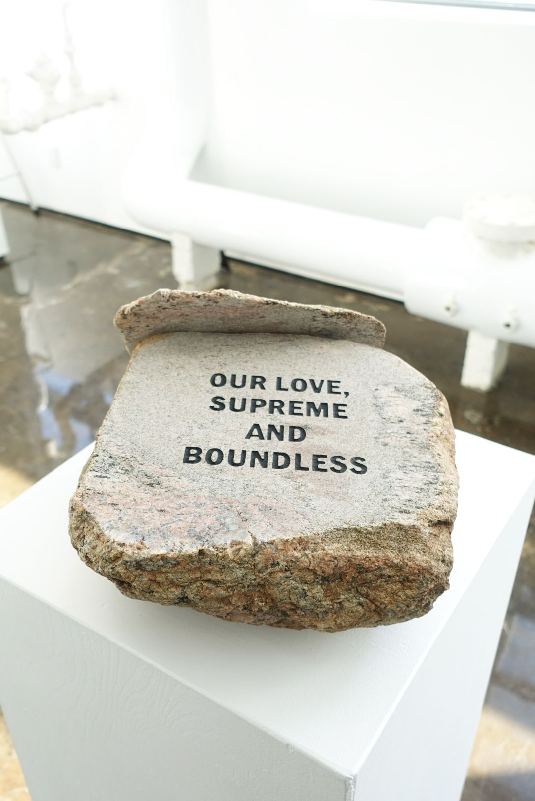 MICHAEL VICKERS | MONUMENT IV (LOVE)| ENGRAVED AND PAINTED STONE BOULDER | 5,5 X 13 X 12 INCHES| 2017