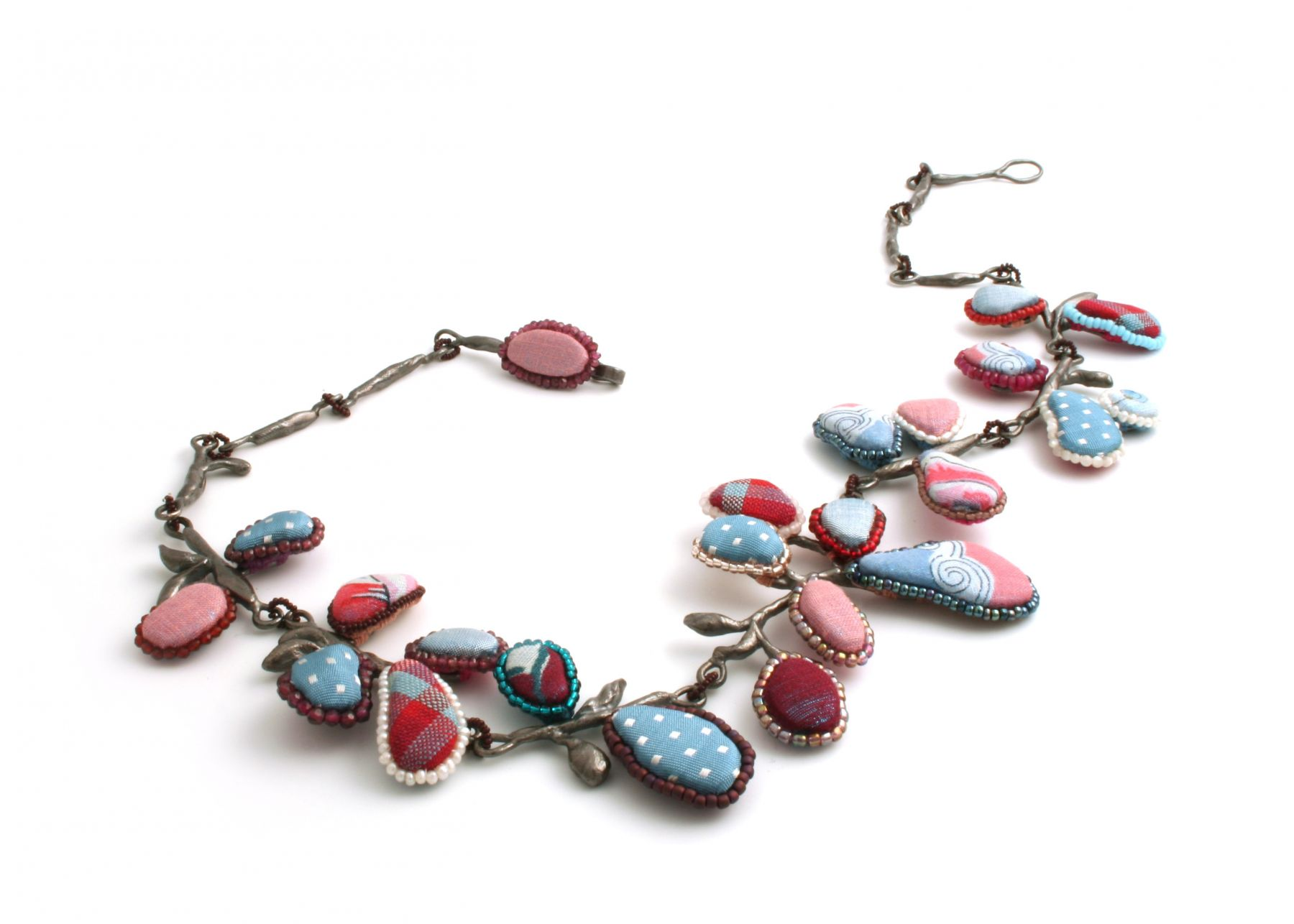 Mary Preston, beaded necklace, american contemporary jewelry