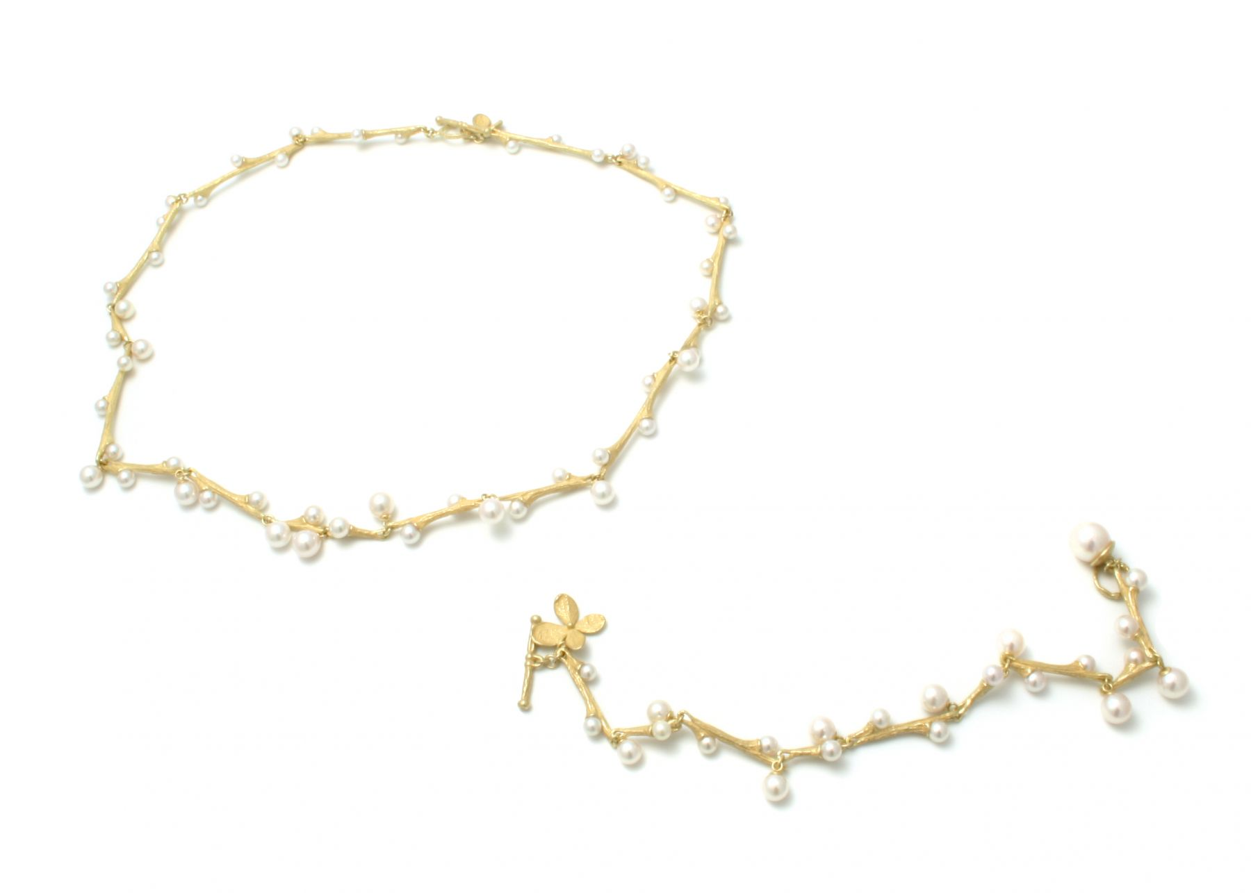 John Iversen willow, gold necklace, pearls, bracelet