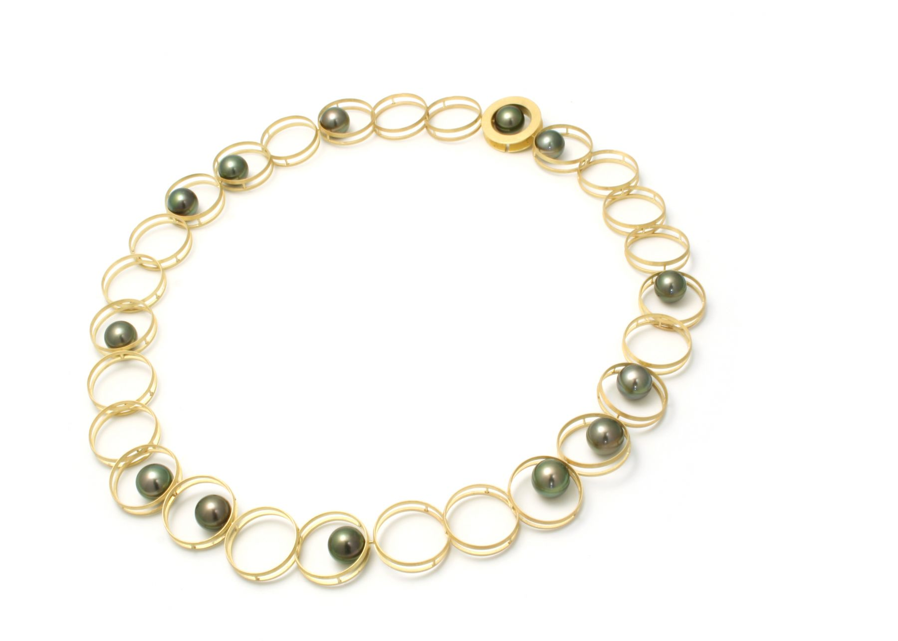 Tahitian pearl, gold necklace
