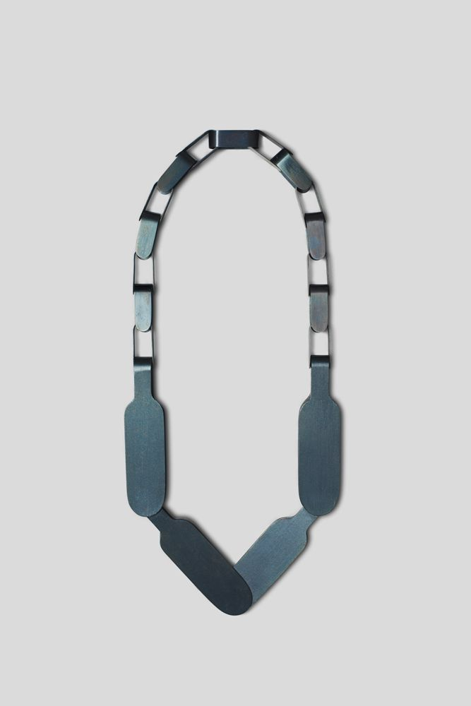 Katrin Feulner, steel necklace