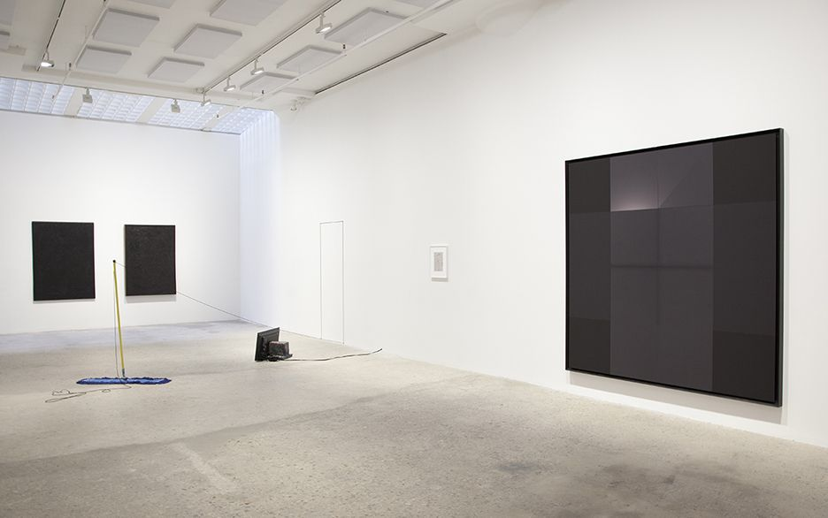 Installation view, Walking Point, Greene Naftali, New York, 2018