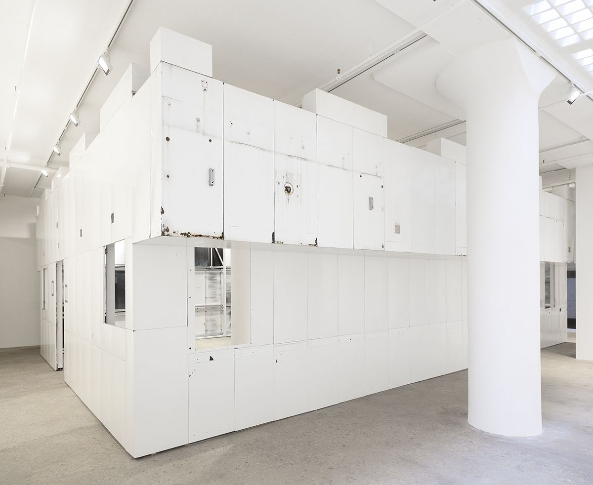 Gedi Sibony  The King And The Corpse, 2018  Porcelain enameled steel panels, steel, bolts, screws, wood, c-clamps  Dimensions variable