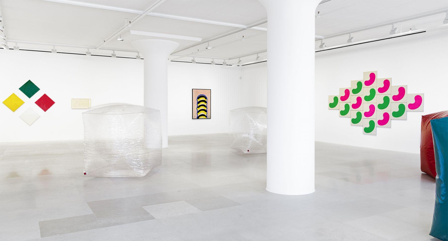 Konrad Lueg, Installation view, Greene Naftali, New York, 2019