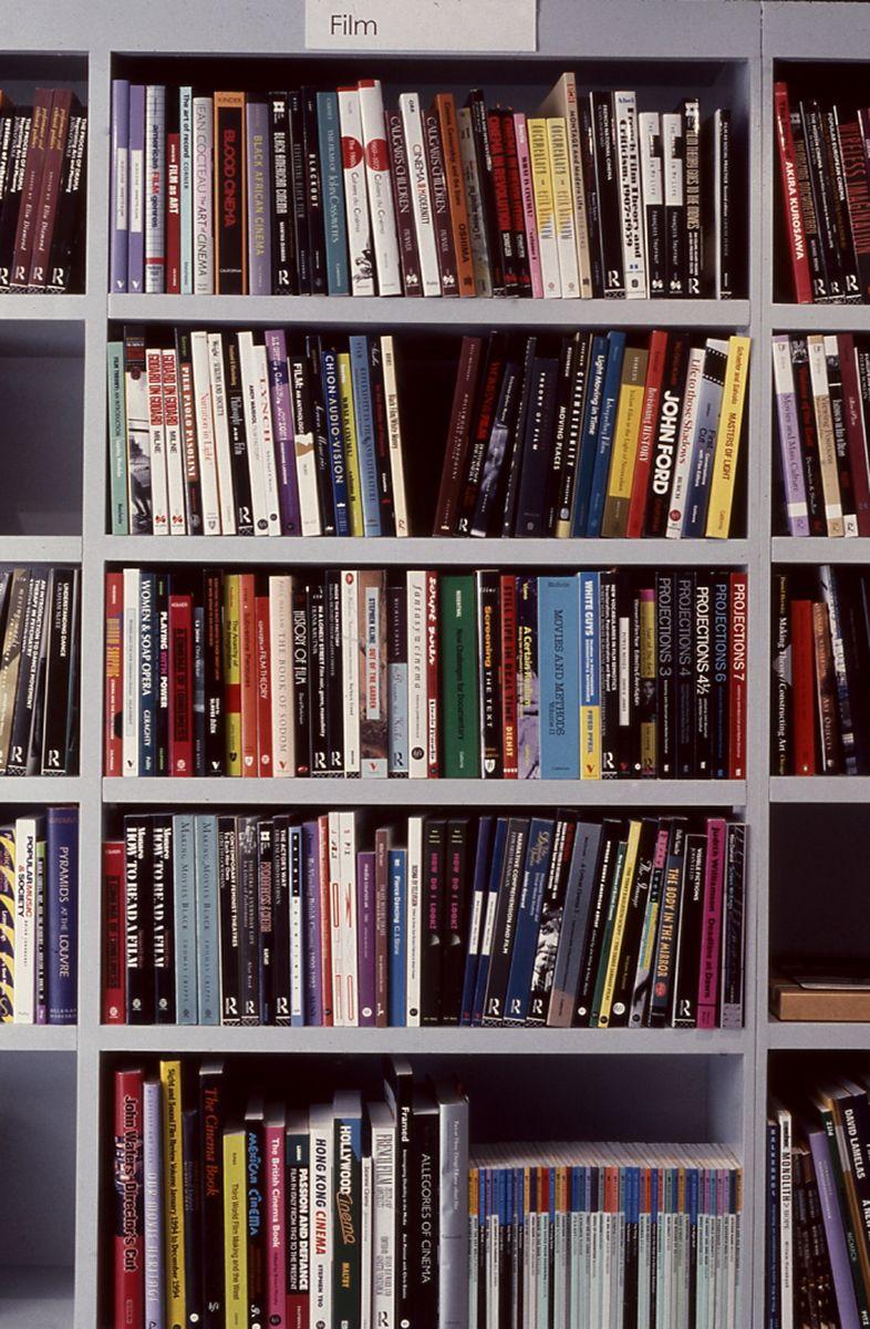 Liesbeth Bik & Jos van der Pol, Installation view, The Bookshop Piece, 1998 (detail)