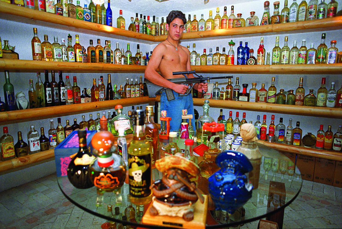 Daniela Rossell Untitled (Ricas y Famosas) Emiliano Tequilas, 1999 C-print 11 x 16 inches (27.9 x 40.6 cm)