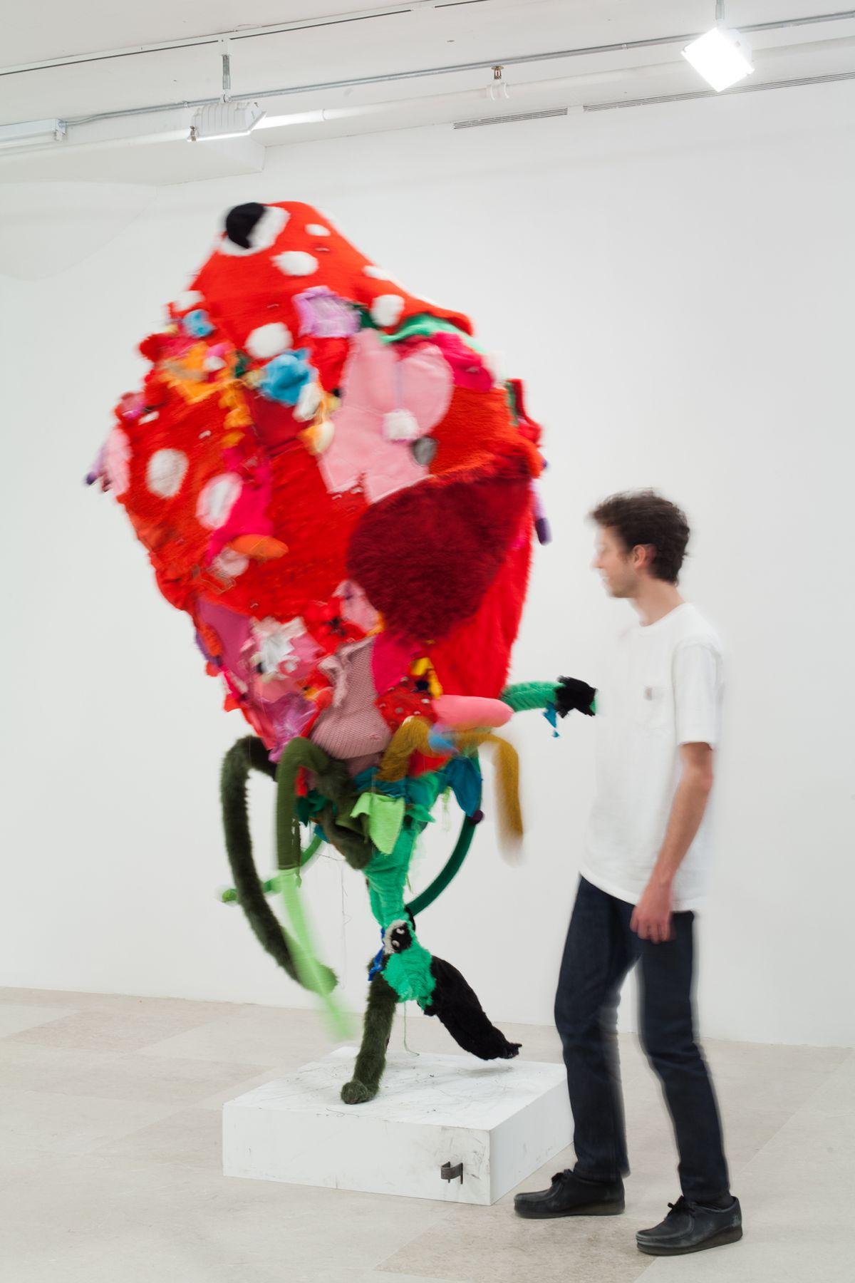 Gelitin, Strawberry, 2012, Mixed media, 110 x 85 x 76 inches