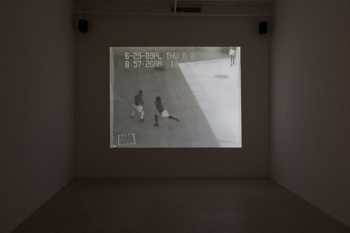 Harun Farocki, Gefängnisbilder [Prison Images], 2000