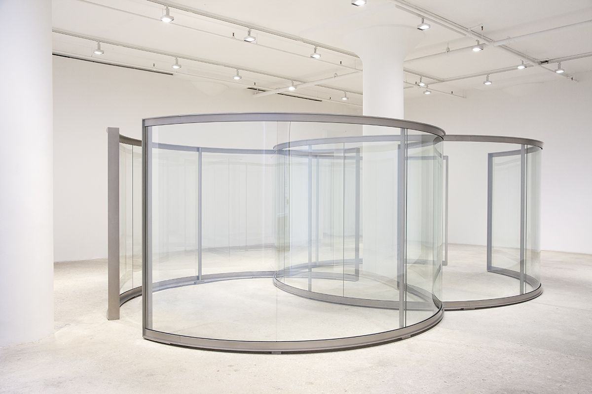 Dan Graham Dancing Circles, 2018 Stainless steel, two-way mirror glass 90 9/16 x 179 1/2 x 287 2/8 inches (230 x 456 x 729.5 cm)