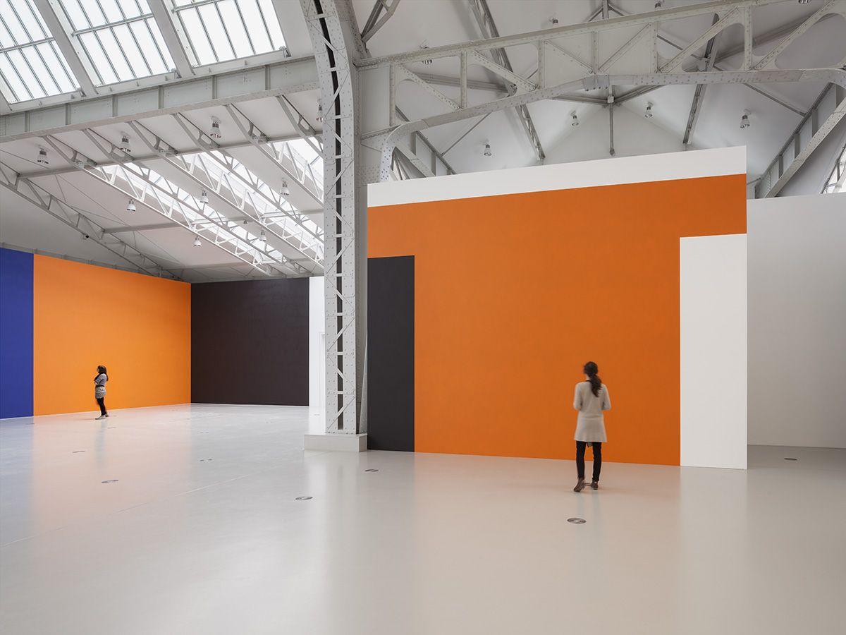 Installation view, Günther Förg - Wall Paintings, Diechtorhallen Hamburg, Hamburg, 2015