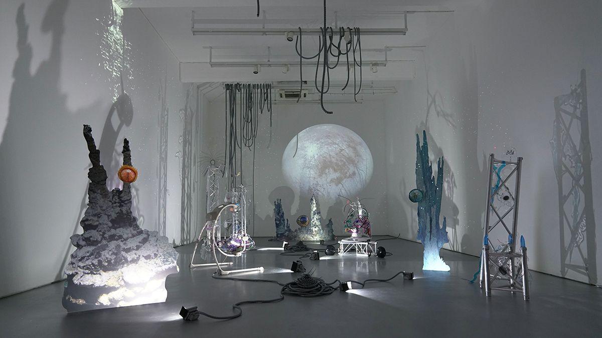 Katja Novitskova, Installation view, Katja Novitskova: 洛基的城堡, Cc Foundation & Art Centre, Shanghai, 2017