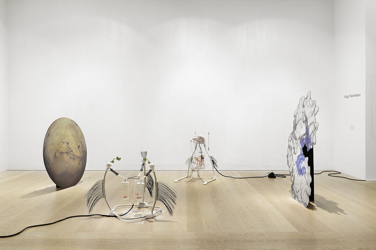 Katja Novitskova, Installation view,Kunstpreis der Böttcherstraße in Bremen, Kunsthalle Bremen, Bremen, 2016
